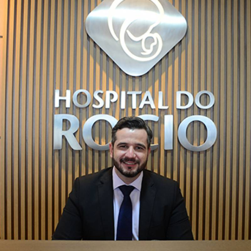 Dr. Alexandre Mariath
